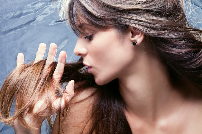 Cabelo e couro cabeludo oleosos
