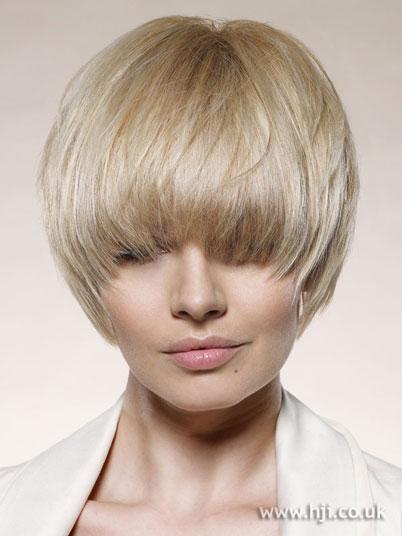 2008 low bob - Banho de brilho para cabelos loiros c/ Mechas e Luzes