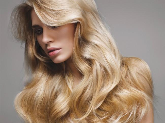 21917 - Como ter cabelos loiros e lindos antes, durante e após a tintura?