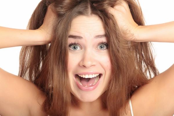 Saiba como evitar a queda de cabelo em excesso