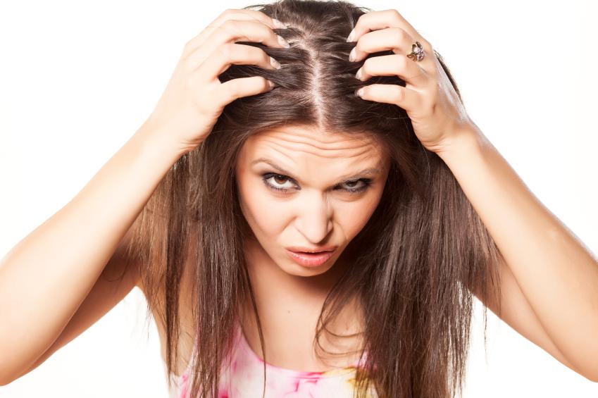 iStock 000032160152 Small - Como cuidar do couro cabeludo?