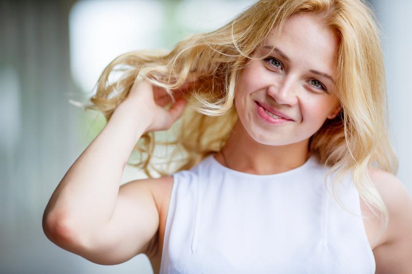 iStock 99182707 SMALL - Como clarear o cabelo naturalmente?